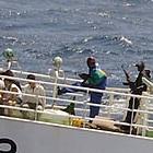 日本人でも鉄砲が持てる法律も!? 海賊頻発で民間警備会社に要望の声