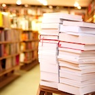 出版不況、深刻化の実態…本が売れなくても書店は儲かる? 製本業者、書店の廃業進む