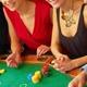 安倍首相主導でカジノ解禁が加速! 天下り、暴力団、赤字など問題を乗り越えられるか?