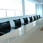 社外取締役は機能するのか?多数企業を掛け持ち、一部人材に一極集中、人選に疑問も