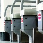 JR、ずさんなサービス品質の実態〜安全対応軽視、黙り込む駅員、顧客無視のシステム