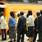 電車遅延の振替輸送、実施基準と各社間の精算は?対照的な小田急さんと東急さんに聞く