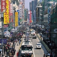 膨張する中国自動車市場~激化する価格競争、大幅販売増見込む日本勢にくすぶる懸念