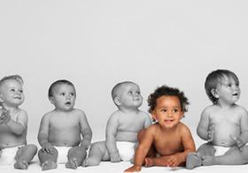 性善説の崩壊 ― 生後15カ月の幼児も「倫理観<差別意識」だった【4つの実験】