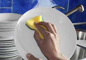 """雑務を率先して行う""""皿洗い上司""""が組織を滅ぼす?現実逃避に走る上司たち"""