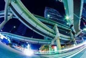 """高速道路、遠のく無料化、""""異常な""""高額料金解消策は?国営・永久有料化への転換"""
