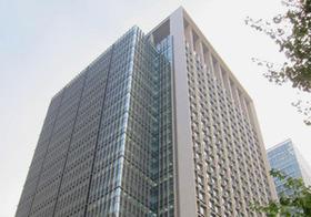 三井住友トラスト、代表取締役が社内で暴力事件 適正な処分されず、被害者は訴訟も検討