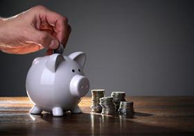 銀行員は、なぜお金が貯まる?銀行員のスゴイ習性?財布の中身を正確に把握、衝動買いなし