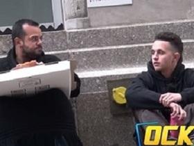 NYで街ゆく人に「ご飯を恵んで」と頼んだら…?  世界中で超話題の社会実験動画!
