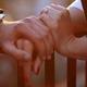 たかじんさん『殉愛』美談に疑問続出 遺言映像、直筆メモ、妻さくらさん結婚歴発覚…