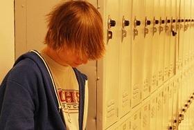 【疑問】高校生「カンニング自殺」裁判 ― パワハラ・過労自殺も「望んだ死」と受け止められる?