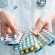 花粉症薬、危険で医師も飲まない?脳出血、不整脈、内臓機能抑制、感染症の恐れ