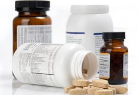 健康食品、規制緩和で健康被害急増?届出制により安全性・有効性の審査が形骸化か