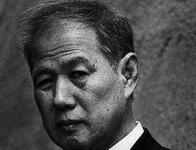 鈴木邦男氏に聞く菊タブーの現在 菊花紋章の取り扱いは何がタブーなのか?