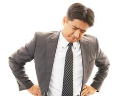 イライラ、不眠、ED…男性更年期では?知らぬ間に悪化、適切な治療で改善