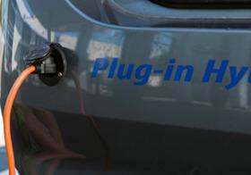 ハイブリッド車、終焉危機?ケタ違いの低燃費&低CO2排出のPHEV、欧州を席巻の予兆