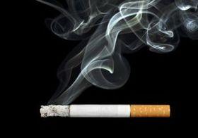 喫煙よりも「受動喫煙」のほうが危険? 歯周病リスクが男性では3倍以上に!