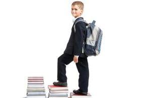 子どものランドセルやリュックの重さに注意!バックパックで背中や首に痛みを訴える子どもが急増