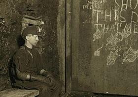 20世紀初頭に写真家が残した、アメリカの過酷な白人児童労働「アメリカンボンバー」の記録!!