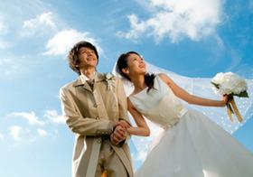 交際ゼロで結婚する若者たち 「恋愛→告白→セックス→結婚」の日本は異質?