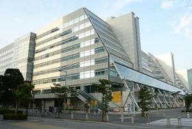 大塚家具、赤字で久美子社長が早くも正念場 戦略定まらず迷走?