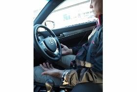自動運転車、圧巻の試乗体験…急な割り込みや歩行者に対応、車線変更や合流も