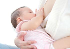 母乳の神秘…赤ちゃんの脳に多様な「情報」を送っていた!ミルク育ちと発育に雲泥の差