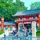 中国人、京都を占拠!マンションに大型バスで乗りつけ問題多発、ごみ散乱、ロビーにたむろ