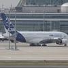 ANA、巨大航空機購入に業界騒然…デカすぎて空港も恐々?設備・スタッフ面の問題は?