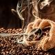 出がらしまで提供…コーヒー市場、なぜ不味くなりすぎて規模半減? 不毛な価格競争の末路