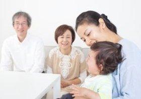 晩婚化で育児と介護が同時に到来! 30代の3割が「ダブルケア」を抱えることに