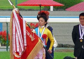JRAも頭抱えた!?  ファン大噴火、川田将雅騎手「意味不明なボロ負け」騎乗の真相
