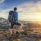 一人旅男子、急増の衝撃…新スタイルで孤独感なし、旅行代理店は無用の長物化か