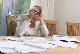 住宅ローン、その選び方は危険!総支払額で大損のおそれも…低い金利・手数料の罠