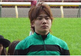 「不運すぎる年」三浦皇成騎手、複数の骨折で長期離脱避けられず......仕事もプライベートもゴタゴタ続きの現状
