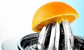 果汁類・インスタント麺・菓子に要注意!「ビタミンC」はただの合成添加物で栄養なし?