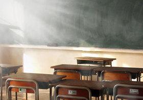 小学教師が修学旅行中に「風俗トラブル」で免職!? 衝撃的だが「昔」はよくあった?