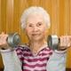 なぜ老人は体がこんなに縮む?シニア期の老化速度、30歳時の体づくりが多大な影響!