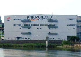 アマゾン、なぜ衣料品PBを開発?ユニクロ、自社の「時代遅れ」気付き解体的改革始動