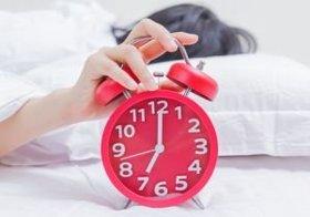 「早起きは三文の徳」はウソ?「早起きは心身に大きな負担」という研究結果