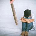 幼稚園で教師が幼児に壮絶な虐待!容赦なく蹴り&平手打ち、泣いても無視