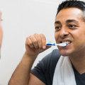 歯の周りの組織破壊され歯が抜ける歯周炎…治癒&予防困難な場合も!