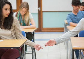 米国の中国人留学生、不正横行で大量退学処分!替え玉テスト受験や論文代筆は当たり前