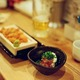 飲食店、価格の材料費率はたった30%? 百円均一居酒屋でも十分儲かるカラクリ
