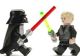 """レゴ""""3割が武器入り"""" 知育玩具が年々「暴力化」しているワケとは?"""