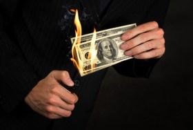 銀行預金、実はお金消失で損してる?「預金は安全、投資は損の危険」は間違い?