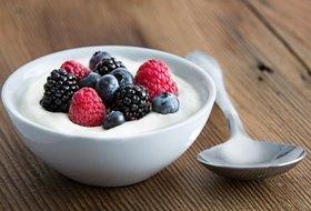 そのヨーグルトの食べ方、健康効果なし?妊婦の腸内細菌数、胎児の脳発達に多大な影響