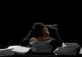 「固定残業代制度だから残業代は出ない」は嘘!長時間の残業代未払いの元凶