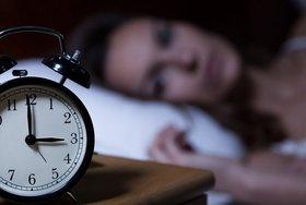 深刻な「熟睡できない」問題、どう解消?心配不要?睡眠薬は薬物依存に陥る危険性も