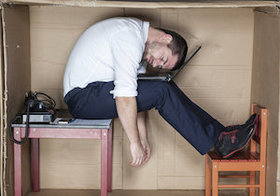 「最も熟睡できていない」のは働き盛りの40代男性?~疲労回復に効く3つの方法